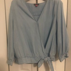 🆕 Vince Camuto Chambray Top